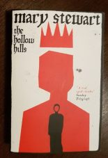 The Hollow Hills, Hodder pb 2012 (2016). Illustr: Aaron Munday